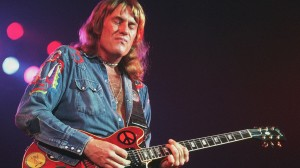 alvin_lee  bus_pointculture